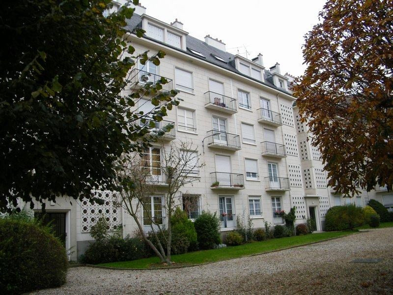 Sale apartment Caen 212 000€ - Picture 1