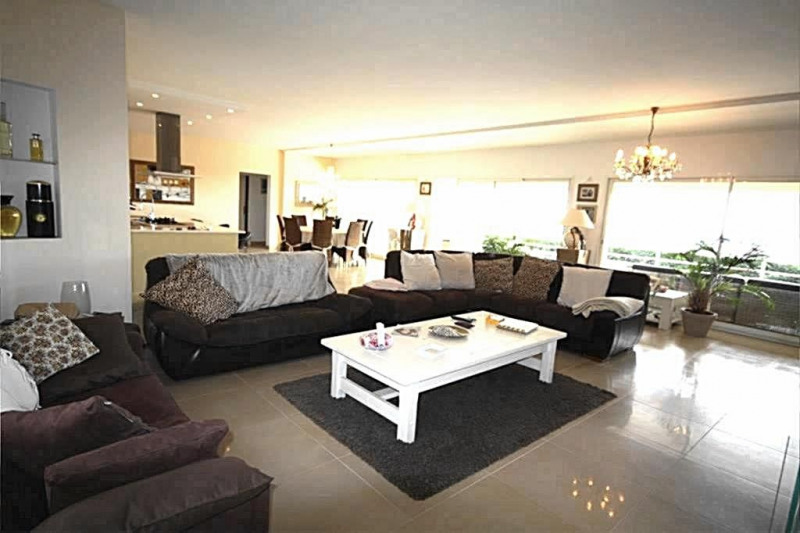 Deluxe sale house / villa Vallauris 1850000€ - Picture 5