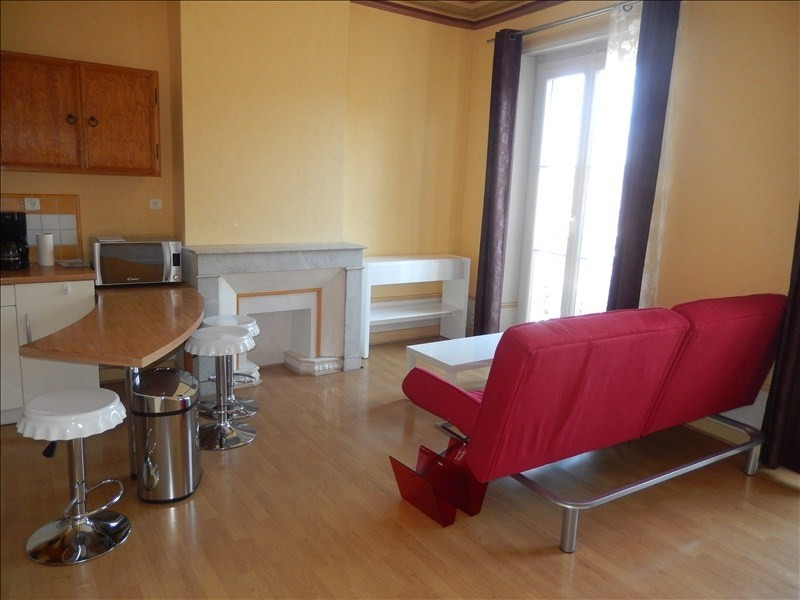 Rental apartment Le puy en velay 358,79€ CC - Picture 2