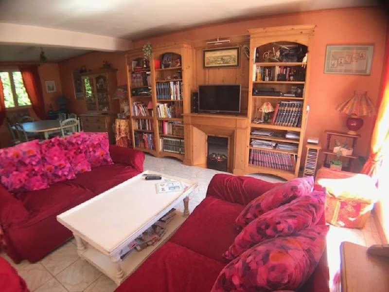 Sale house / villa Lesigny 415000€ - Picture 2