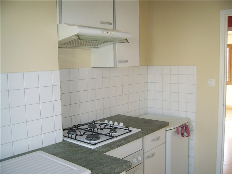 Rental apartment Nimes gare 500€ CC - Picture 5