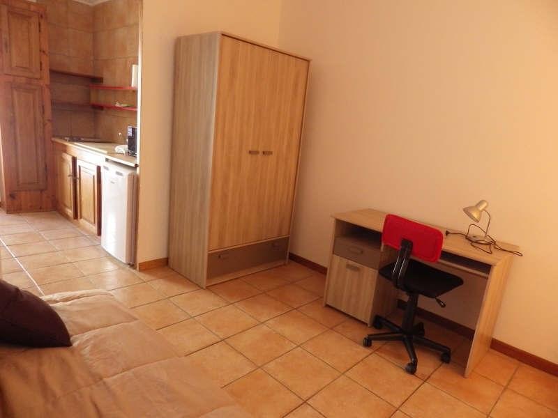 Verhuren  appartement Nimes 340€ CC - Foto 2