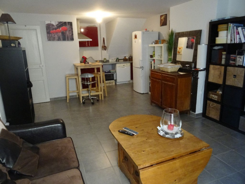 Vendita appartamento Lambesc 169000€ - Fotografia 1