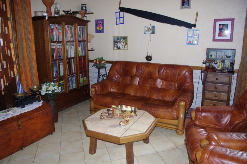 Sale house / villa Crevecoeur le grand 262 000€ - Picture 5