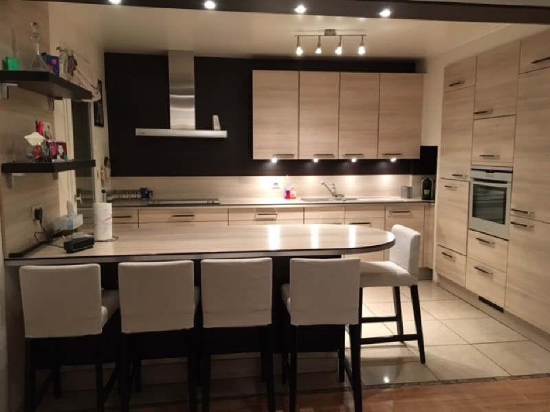 Sale house / villa Lesigny 399500€ - Picture 2