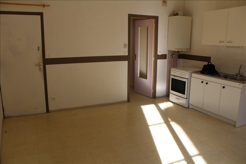 Location appartement Auxerre 370€ CC - Photo 1