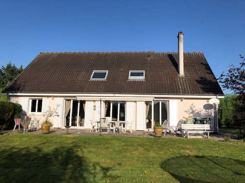 Sale house / villa Santeny 488000€ - Picture 1