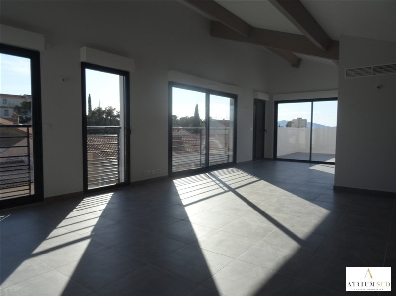 Deluxe sale apartment Frejus 749 000€ - Picture 2