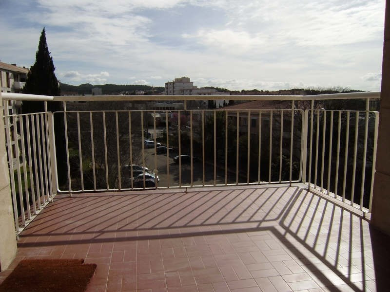 Sale apartment Salon de provence 149 000€ - Picture 2