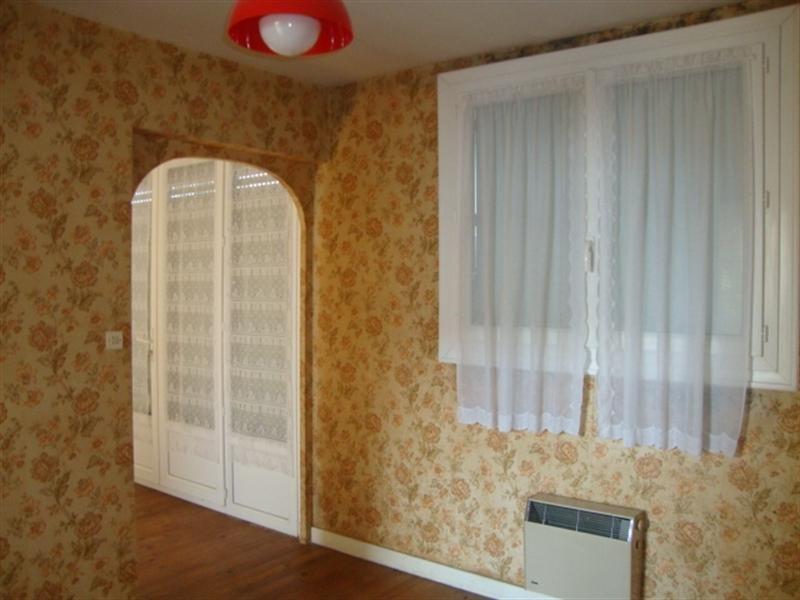 Vente maison / villa Saint jean d'angély 64500€ - Photo 2