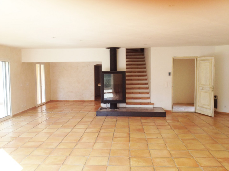 Location maison / villa Auriol 4 000€ CC - Photo 3