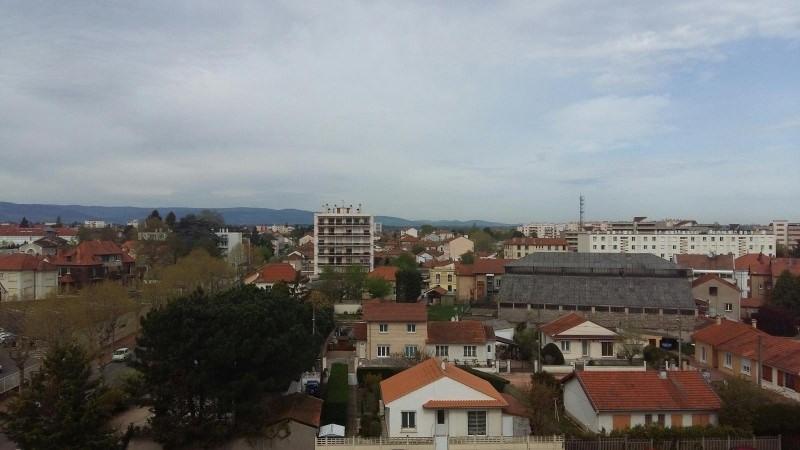 Sale apartment Roanne 80000€ - Picture 1