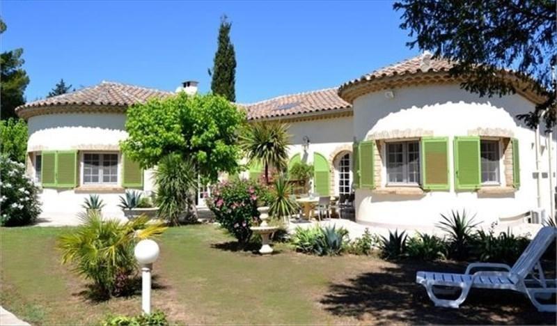 Deluxe sale house / villa Montbazin 750000€ - Picture 1