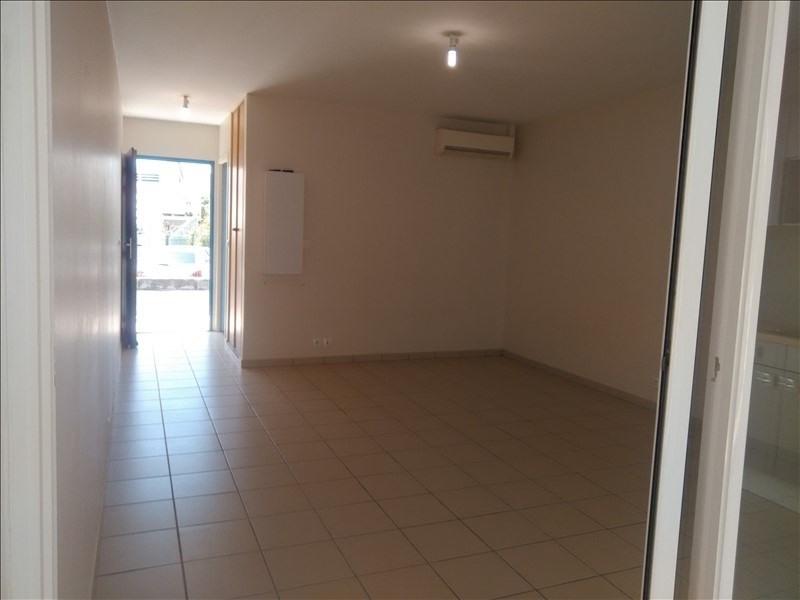 Rental apartment St francois 600€ CC - Picture 3