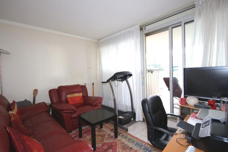 Sale apartment Courbevoie 884000€ - Picture 7