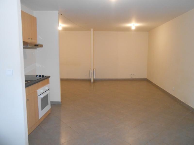 Rental apartment Martigues 500€ CC - Picture 1