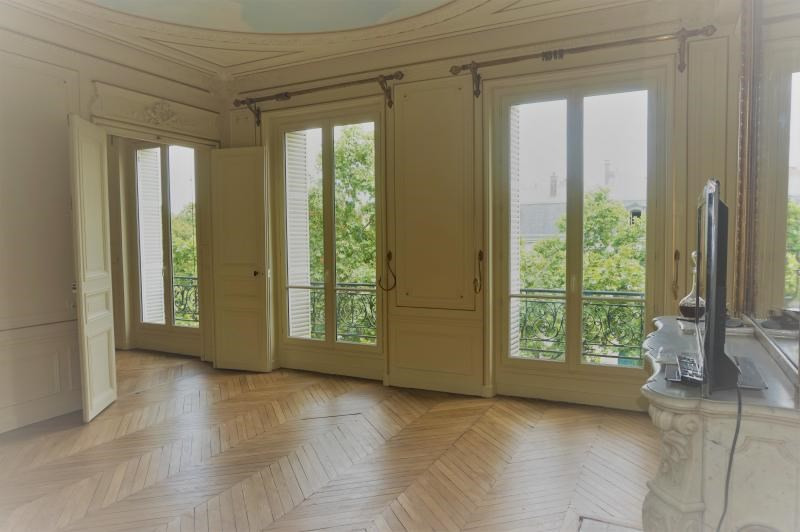 Rental apartment Paris 7ème 4 600€ CC - Picture 1