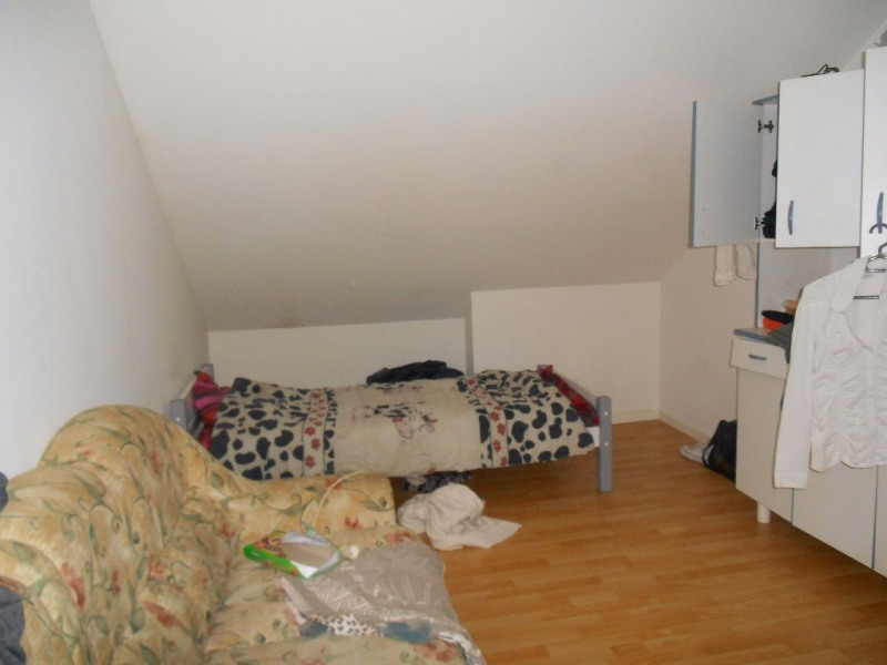 Sale house / villa Songeons 127000€ - Picture 5