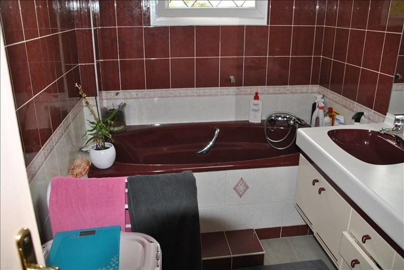 Sale house / villa Montereau fault yonne 349650€ - Picture 6