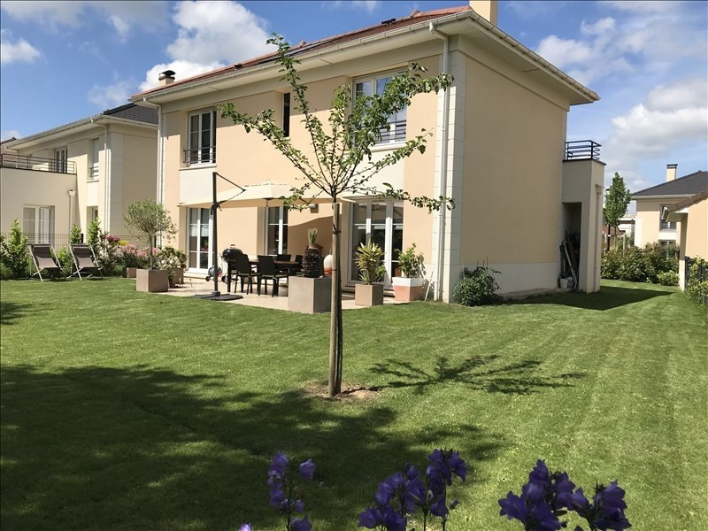 Sale house / villa Villepreux 540 000€ - Picture 1