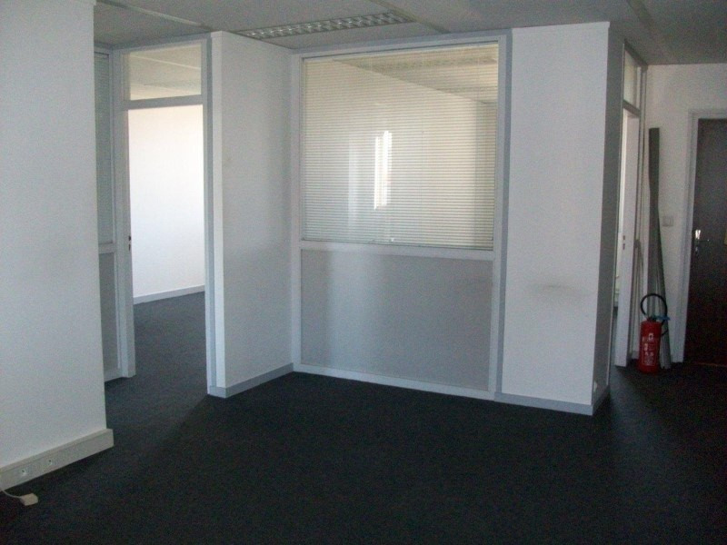 Sale empty room/storage Roanne 142 500€ - Picture 2