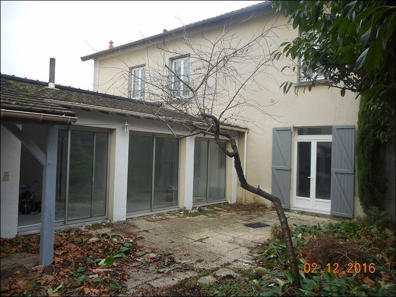 Rental apartment Draveil 994€ CC - Picture 1