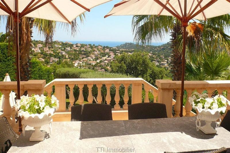 Deluxe sale house / villa Sainte maxime 2 449 000€ - Picture 1