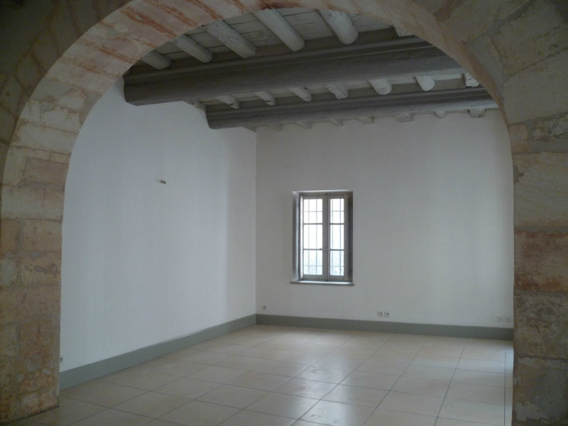 Location appartement Beaucaire 563€ CC - Photo 1