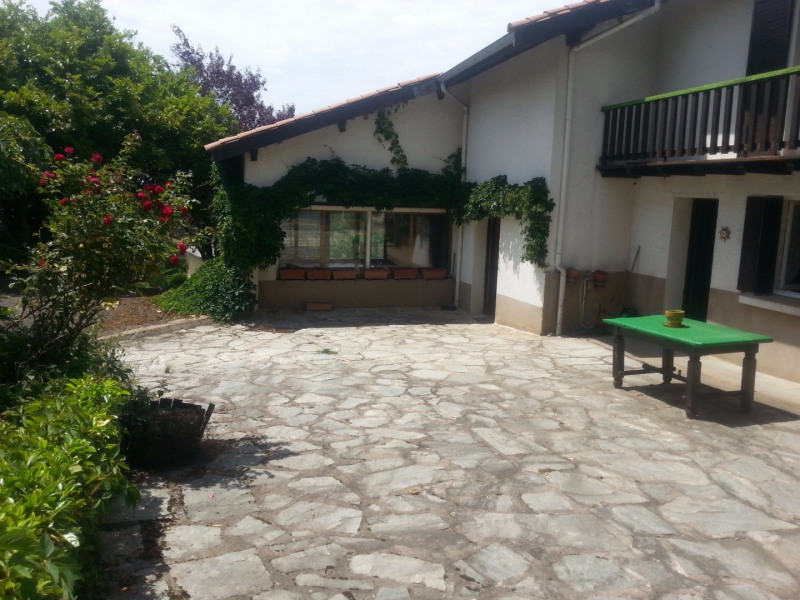 Investment property house / villa Feurs 175 000€ - Picture 2