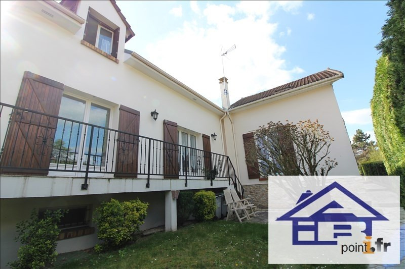 Sale house / villa Mareil marly 769 000€ - Picture 1