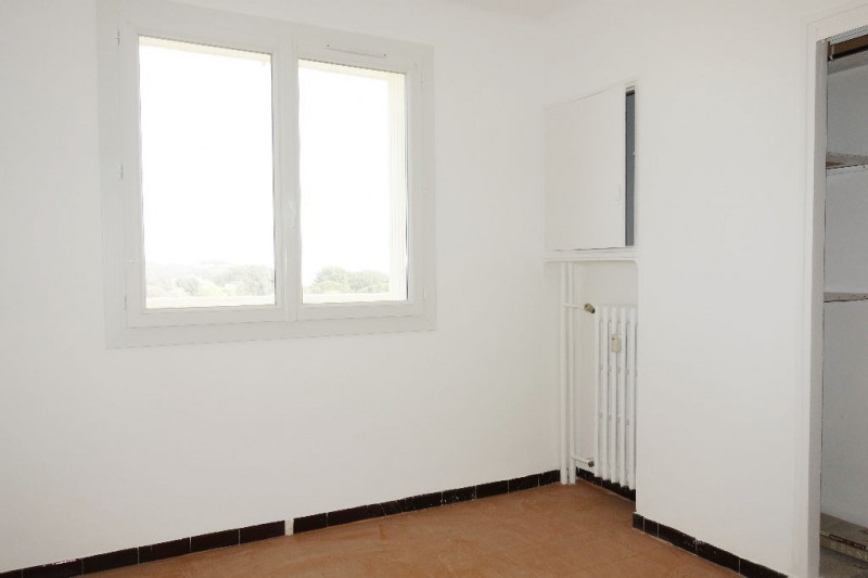 Verhuren  appartement Seyne sur mer 820€ CC - Foto 6