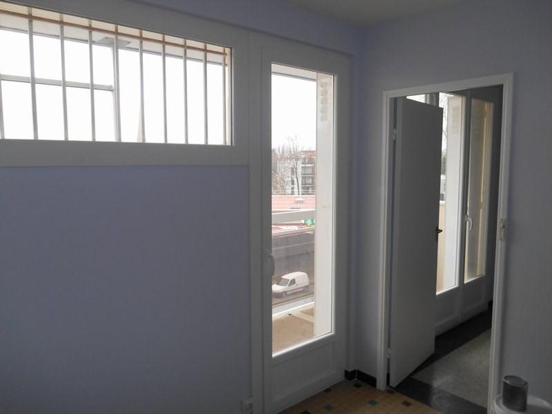 Rental apartment Ste foy les lyon 695€ CC - Picture 10