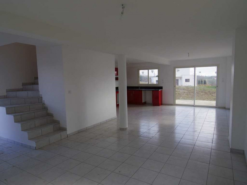 Location maison / villa Montastruc la conseillere 906€ CC - Photo 3