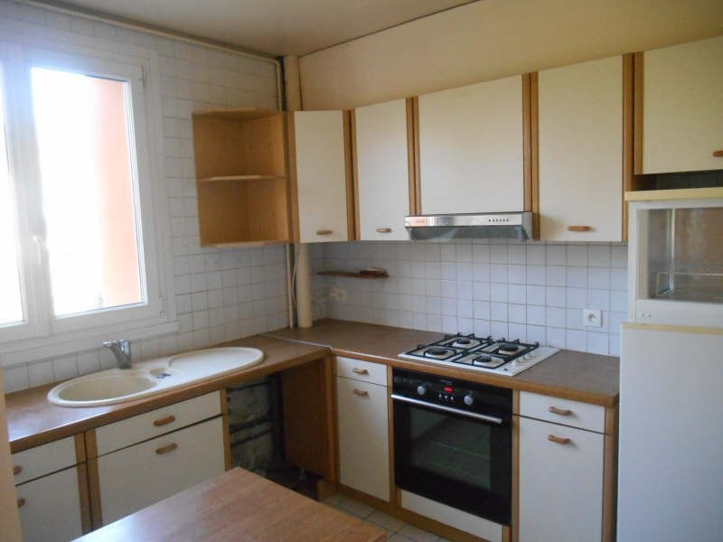 Rental apartment Verrieres le buisson 1 100€ CC - Picture 8