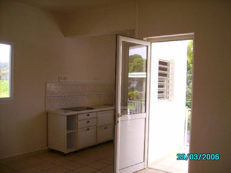 Rental apartment St claude 560€ +CH - Picture 8