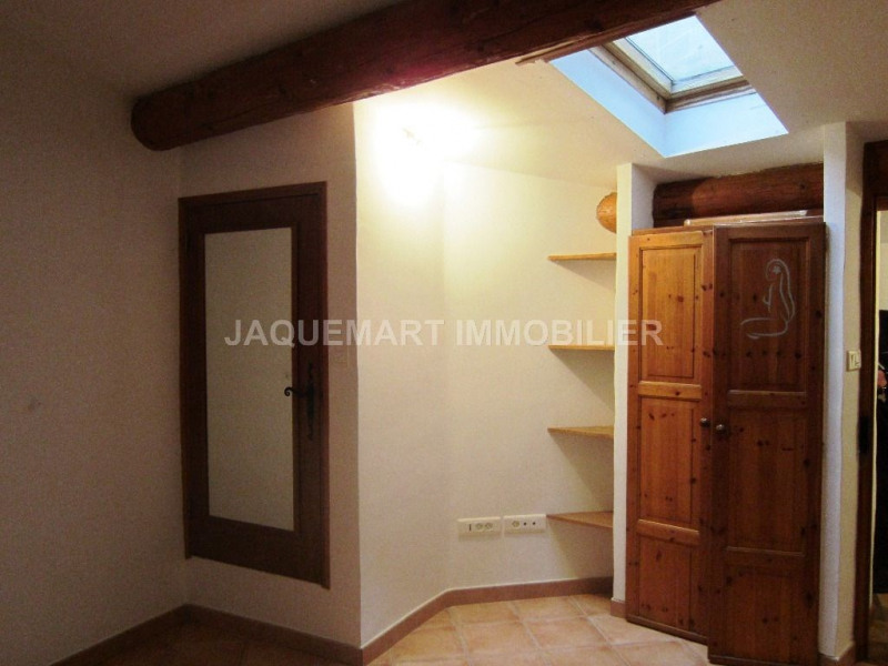 Rental apartment Lambesc 508€ CC - Picture 3