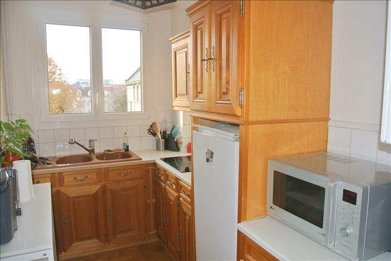 Rental apartment St germain en laye 1330€ CC - Picture 5