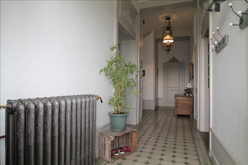 Deluxe sale house / villa Belley 703000€ - Picture 3