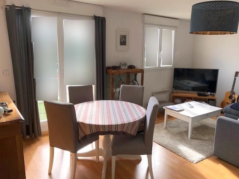 Rental apartment Bruz 590€ CC - Picture 2