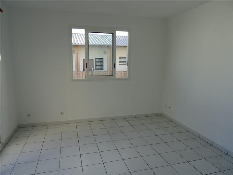 Rental apartment Tampon 380€ CC - Picture 1