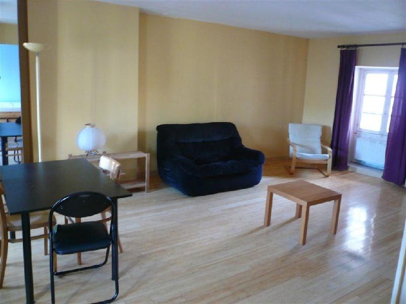 Rental apartment Paris 12ème 1090€ CC - Picture 1