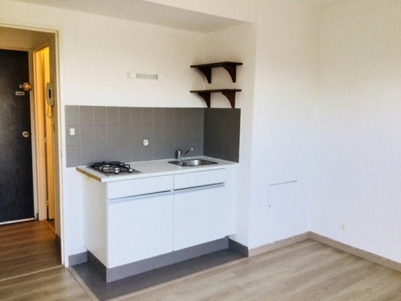 Sale apartment Vannes 68999€ - Picture 2