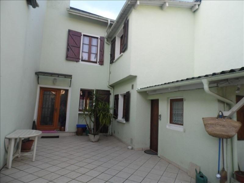 Sale house / villa Oloron ste marie 153000€ - Picture 1