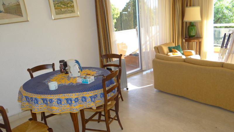 Location vacances appartement Cavalaire 500€ - Photo 12