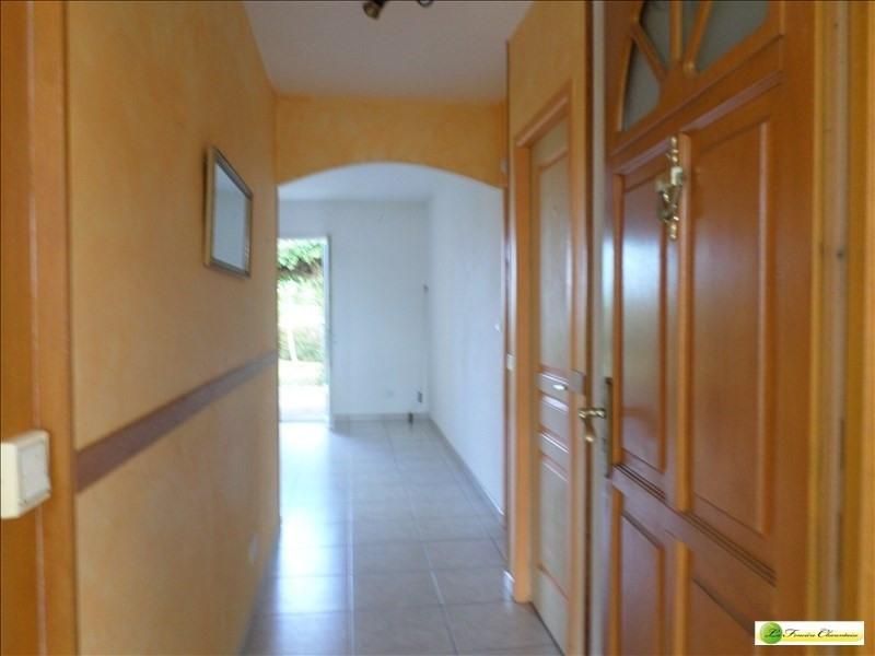 Sale house / villa Roullet st estephe 185000€ - Picture 8
