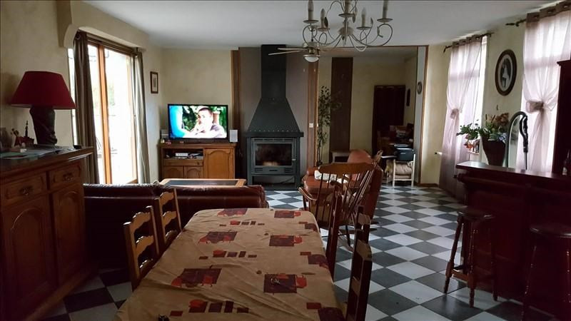 Sale house / villa St quentin 148 800€ - Picture 2