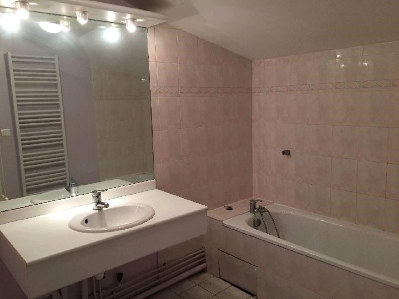 Rental apartment Vernaison 630€ CC - Picture 6
