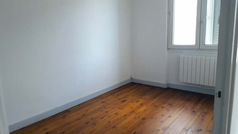 Location appartement Champagne au mont d or 595€cc - Photo 4