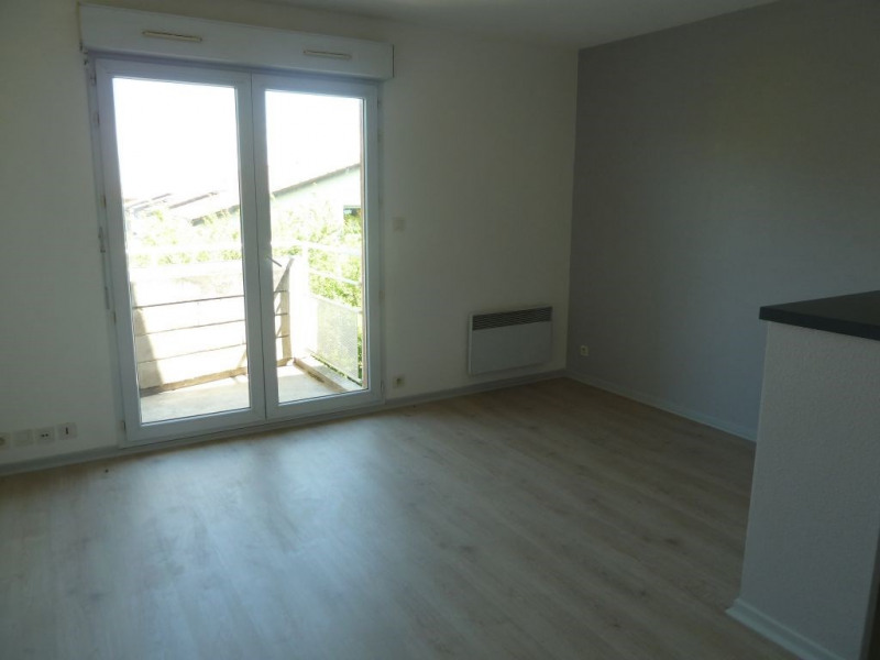 Rental apartment Toulouse 426€ CC - Picture 1