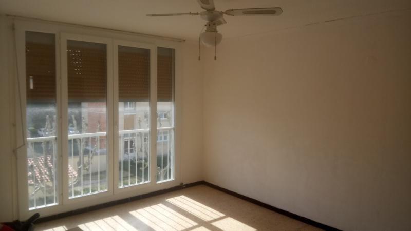 Sale apartment Marignane 127500€ - Picture 2